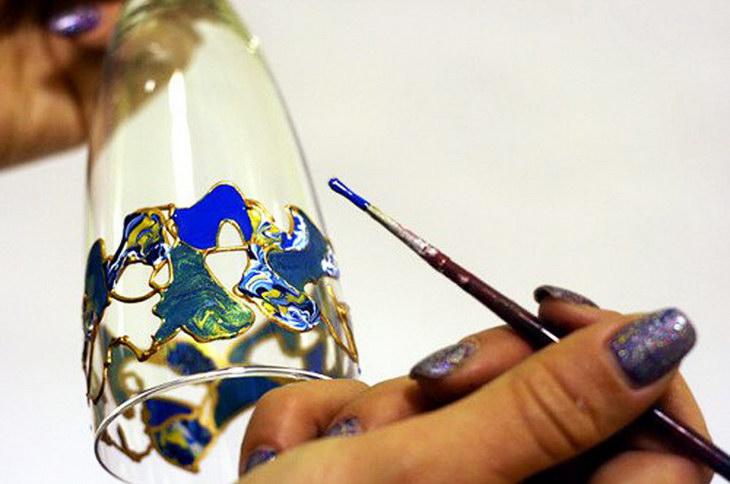 Можно ли рисовать масляными красками на стекле