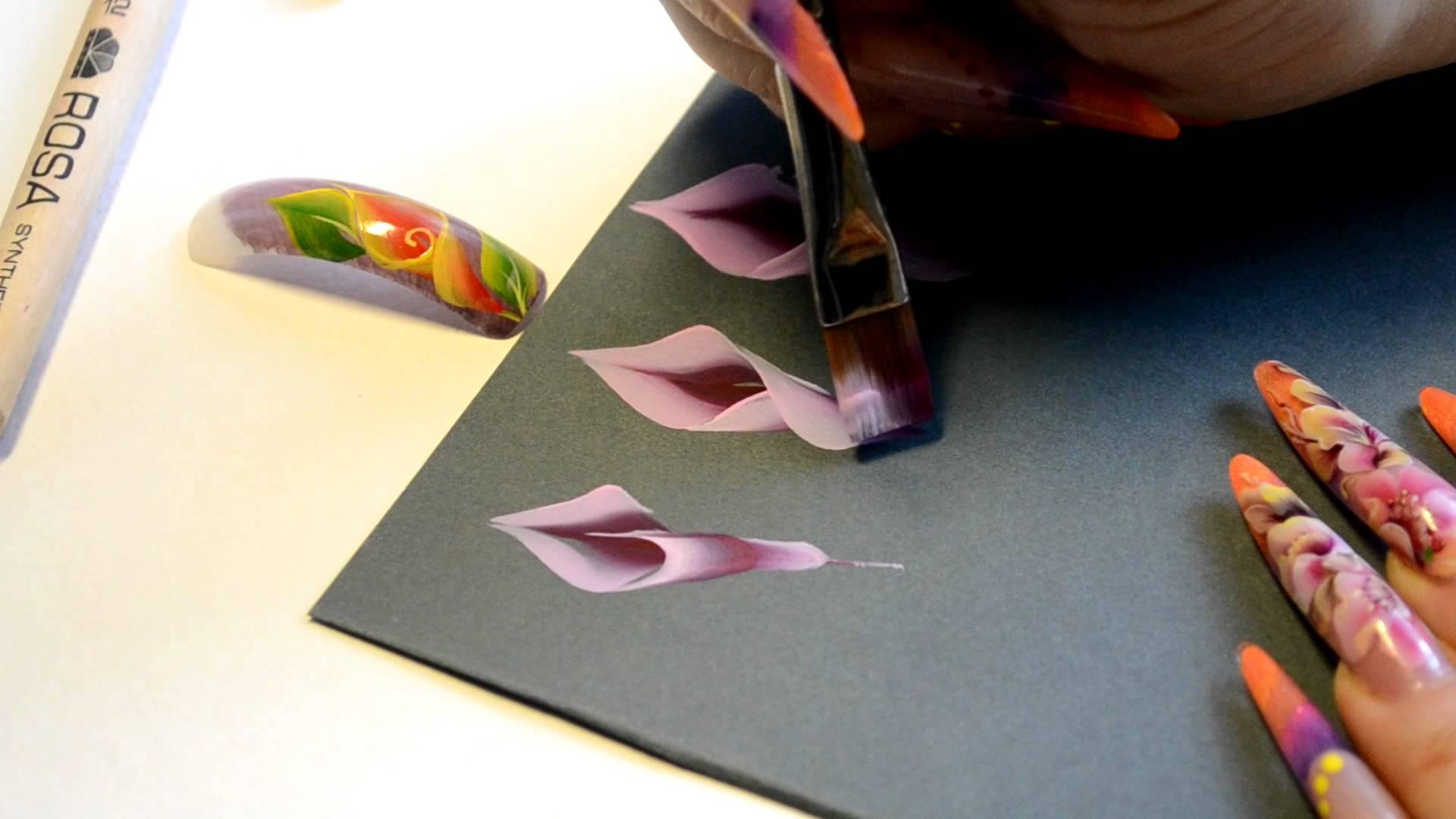 Рисунки плоскими кистями на ногтях