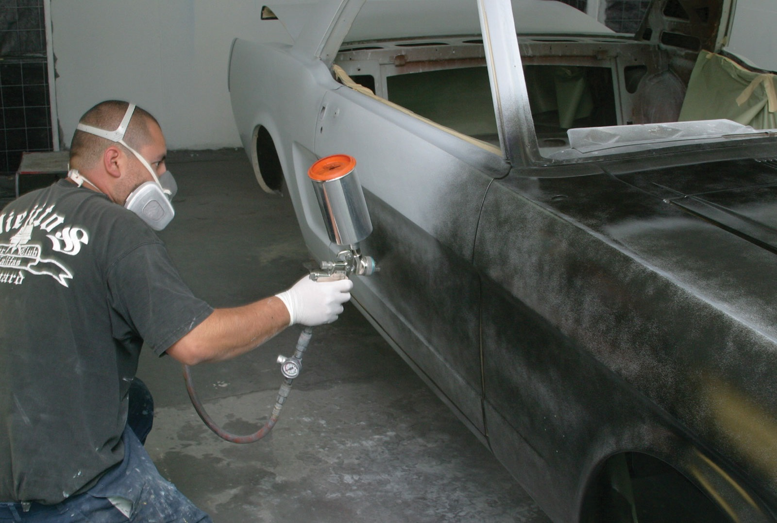 Покраска автомобиля своими руками грунтование5