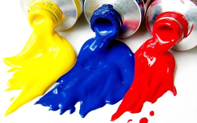Синяя, желтая и красная краски