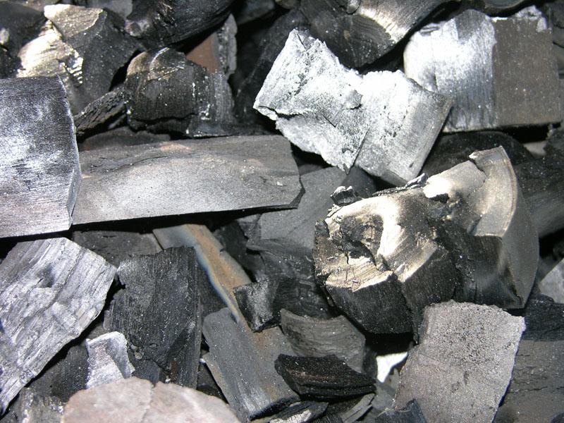 Березовый уголь