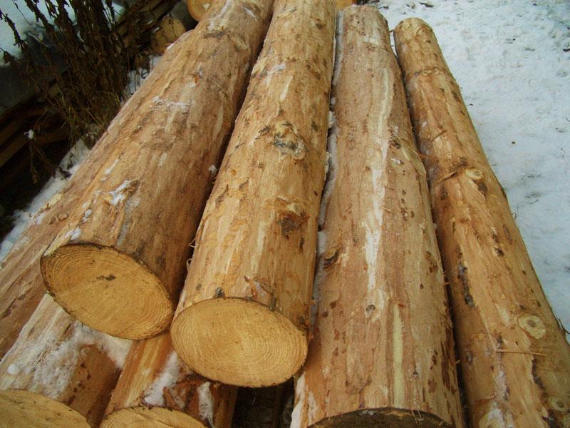 Окорение древесины