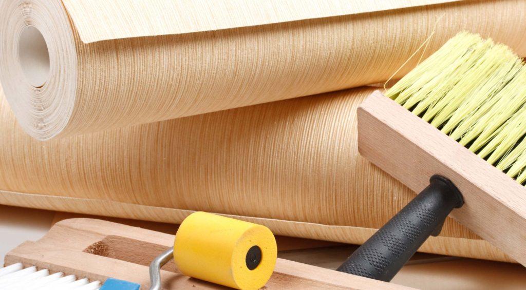 Инструменты и материалы для поклейки обоев