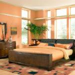 Спальня персиковая