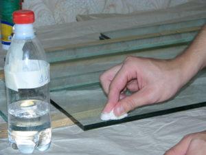 Обезжиривание стекла