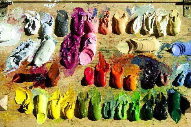 Масляные краски на палитре