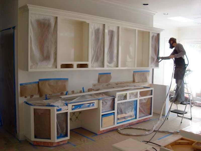 Как покрасить старый кухонный гарнитур своими руками