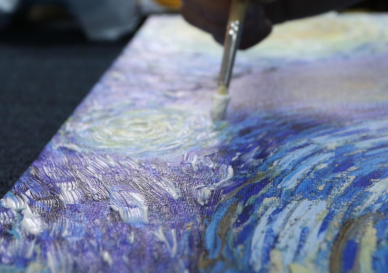 Рисование акриловыми красками на холсте