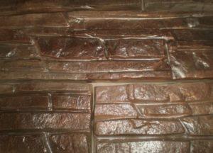 Лакированная гипсовая плитка