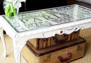 Реставрация деревянного стола с помощью покраски