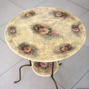 Реставрация стола в технике декупаж